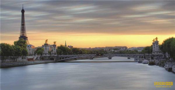 维京游轮巴黎市区风光